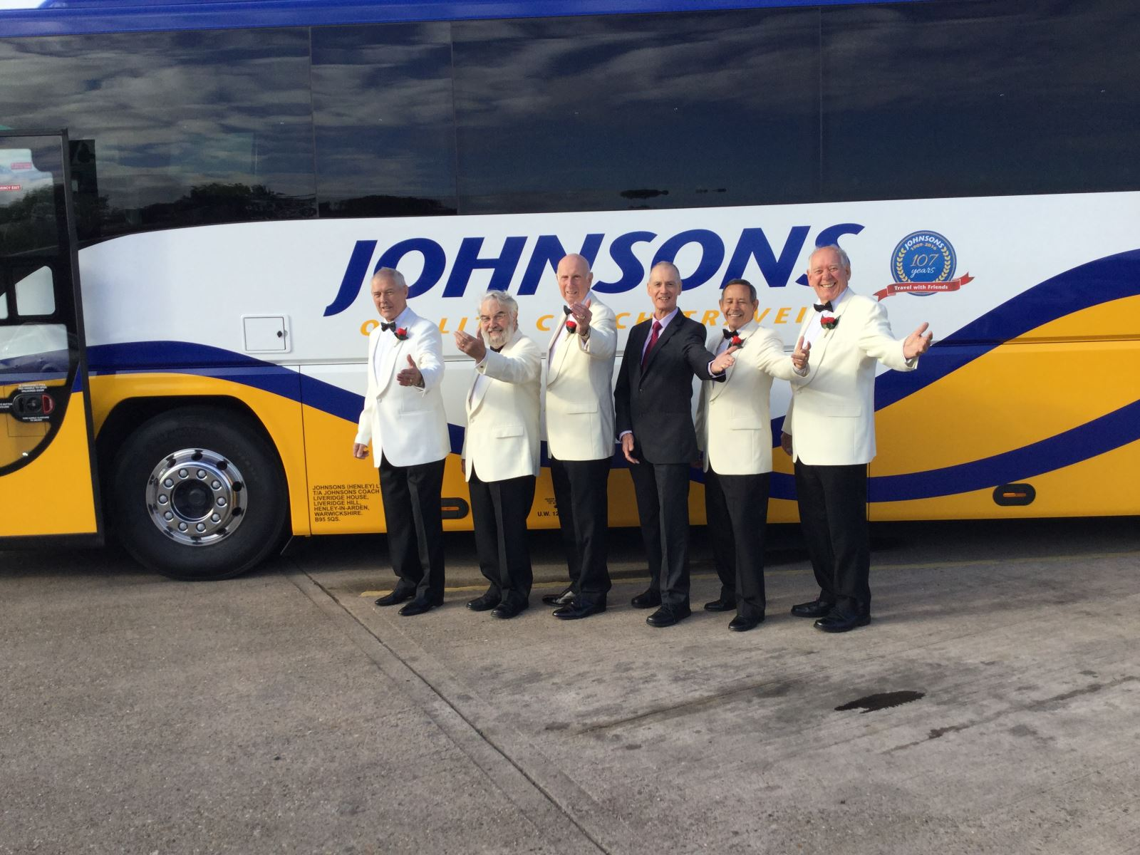 Alcester Male Voice Choir at Johnsons 2016